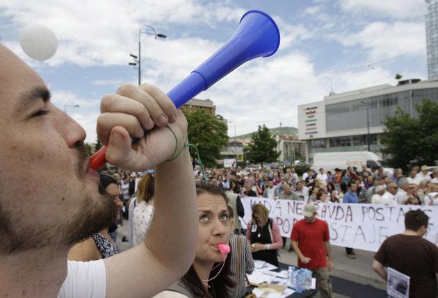 Sarajevo-protests-01